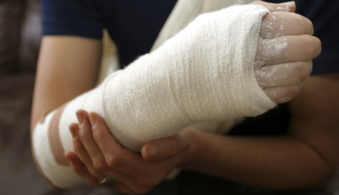 Fracture Risk Higher in Postmenopausal Women With Prior Wrist Fracture
