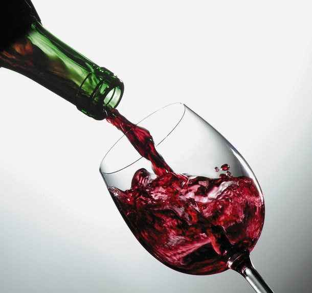 Reduced Lupus Risk Linked to Moderate Alcohol Consumption in Women