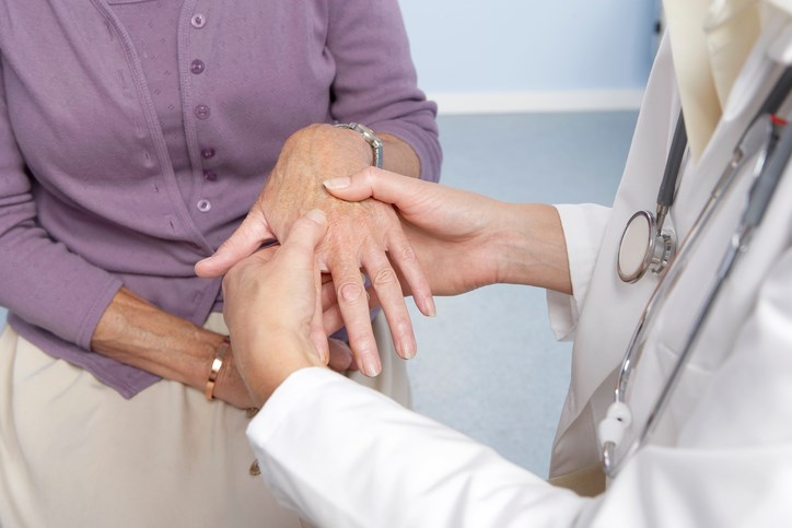 Community-Based Screening Cost-Effective for Osteoporotic Fracture Risk