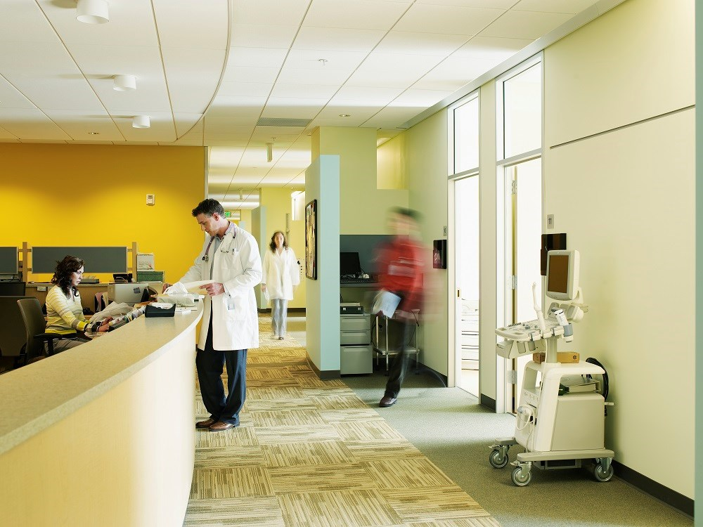 Office Visits to Primary Care Physicians Drop, Increase For NPs, PAs
