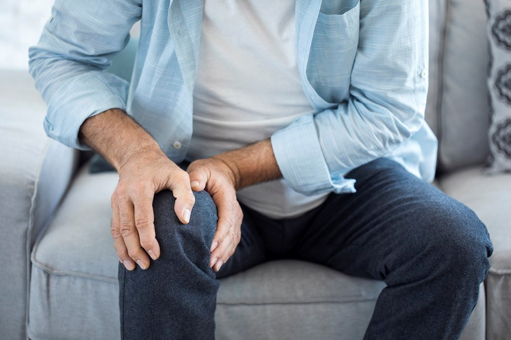 The study included 355 participants with knee osteoarthritis who were asked to report pain levels using a 0- to 10-point rating scale.