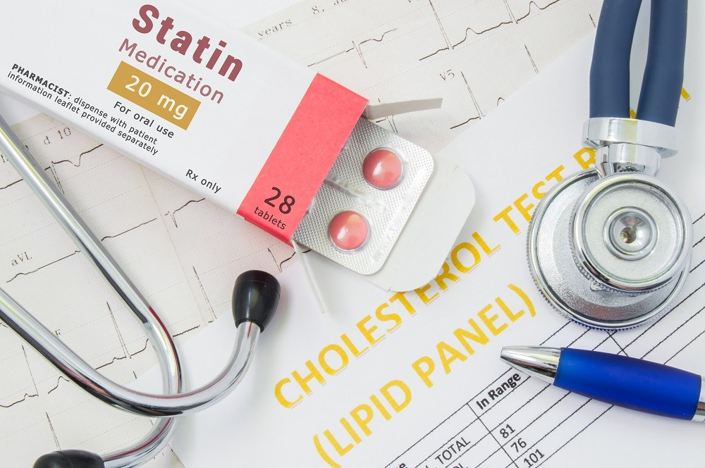 Individuals with SLE receive significantly less lipid testing and fill fewer statin prescriptions compared with patients with diabetes.