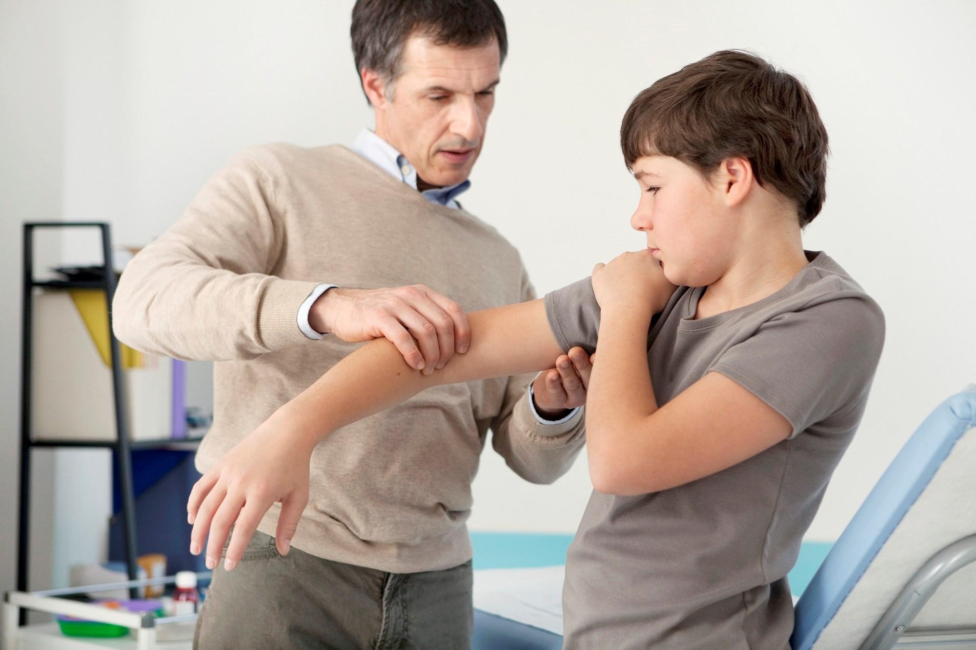 Evaluating Disease Activity Outcome Variables in Juvenile Dermatomyositis