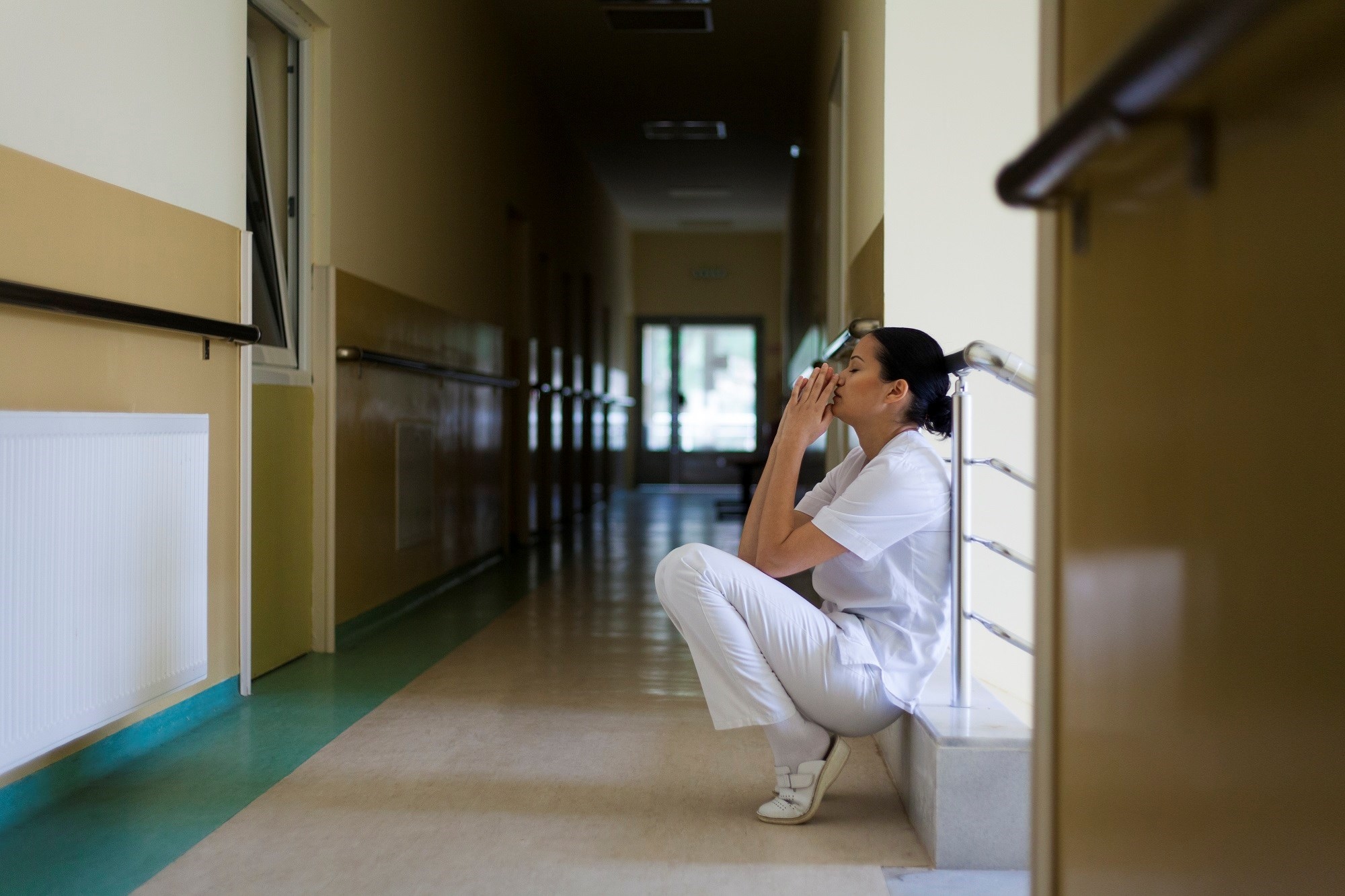 By collecting data on suicides by medical students, residents, and fellows, the American Medical Association hopes to identify ways to reduce suicides among physicians-in-training.
