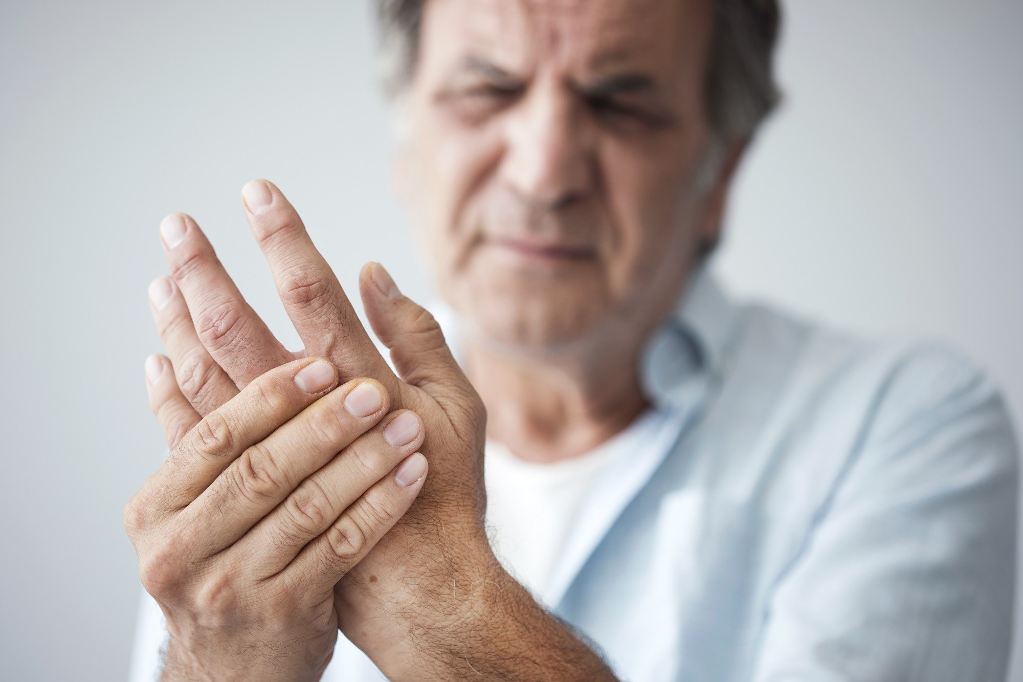 Rheumatoid Arthritis in Men: Psychological Effects and Gaps in Self-Management