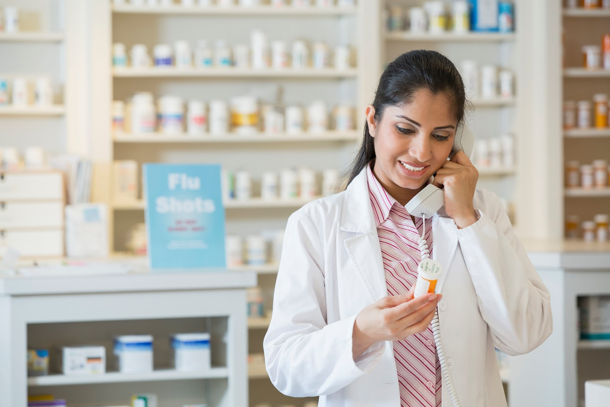 A pharmacist-led, postdischarge structured telephone follow-up intervention can reduce 30-day and 90-day readmission rates for polypharmacy patients.